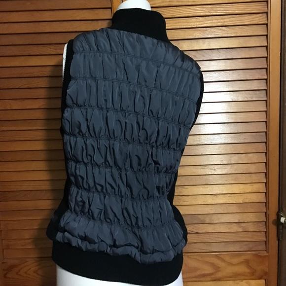 Calvin Klein Women S Calvin Klein Puffer Ruffled Vest Xl