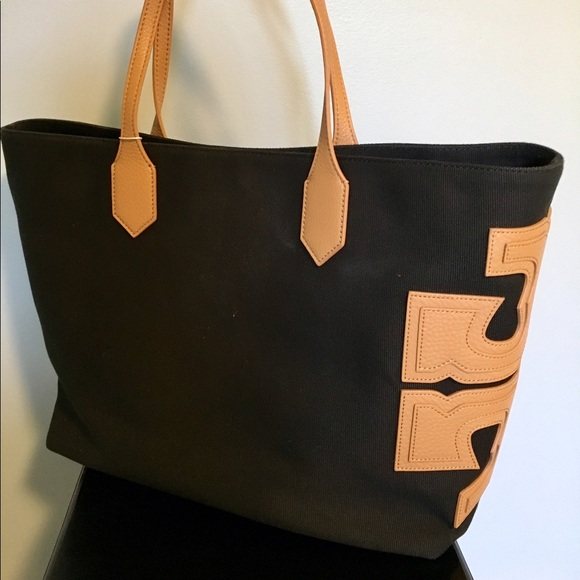 194cc02bd0483e Tory Burch s Canvas Stacked Black T East West Tote