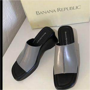 Banana Republic Newport new leather wedge sandals