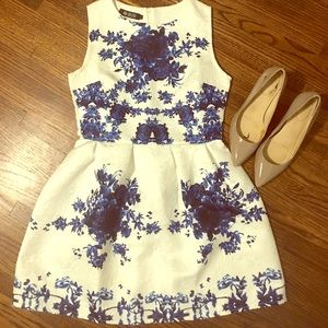 OASAP Dresses & Skirts - Blue and White Dress size Small