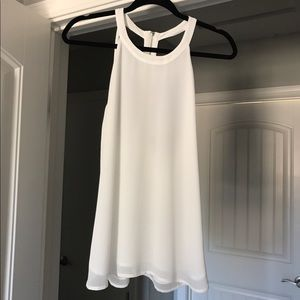 Flowy white polyester top