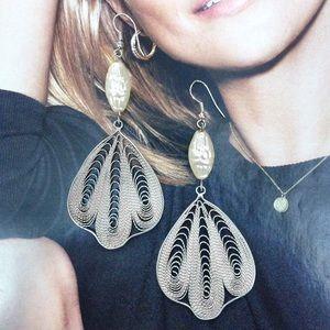 🎉LAST CHANCE 🎉 Earrings Pearl Filigree