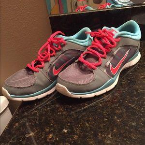 Women's Nike Running Shoes Size 8