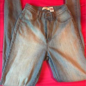 Fashion nova high wasted jeans