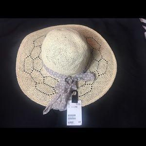NWT Straw Hat