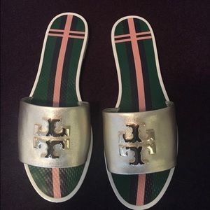 b54cd2508ac Tory Burch Shoes - Logo metallic Jelly Slide