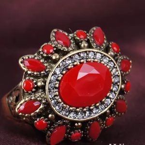 Jewelry - 5/$25 Beautiful gold & red floral ring sz 8