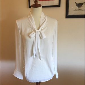 Azbro Tops - NWT Long Sleeve Pussy Bow Blouse in White