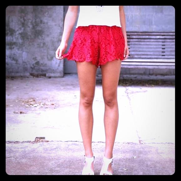 CAVALINI Red Crochet Lace Shorts w Ribbon Tie SO-7