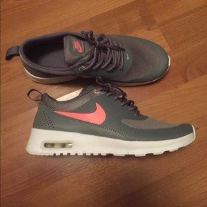 Nike air max Thea NWOB