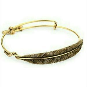 Rare Eternity feather vintage gold bangle