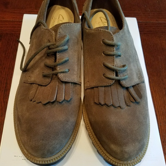 aa27c229bf2e8 Clarks Shoes | Womens Griffin Mabel Oxford Khaki Suede 75 | Poshmark