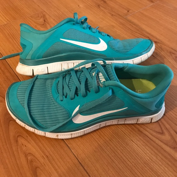 d4a2d2a3d3972 Nike Free Run 4.0 V3 Turquoise Teal Tiffany Blue. M 59551b194e95a3bce1023d54