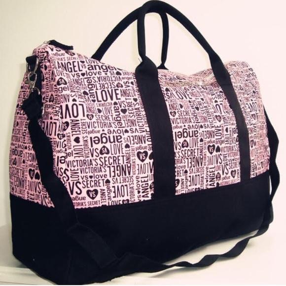 Victoria secret pink duffle bag. M 59552533bf6df58b630089d3