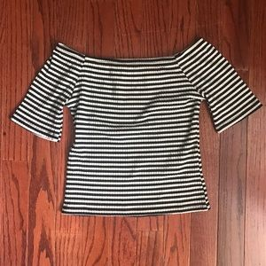 Tops - Adorable Off the Shoulder Stripped Crop Top