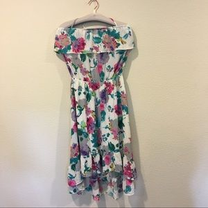 NWT Izzy & Lola floral off the shoulder midi dress