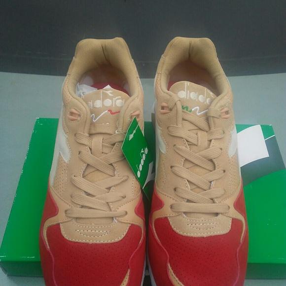 Diadora Shoes - Diadora V7000 Golden Straw