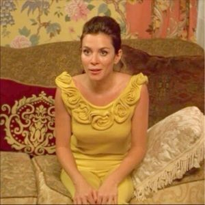ISO rosette sweater as seen on Pushing Daisies