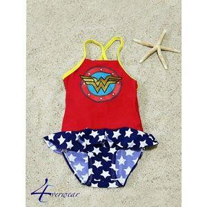 DC Comics Girls Short Sleeve Swim Rash Guard-Supergirl PNK Wonder Woman 2T, Spectrum Batgirl Batgirl