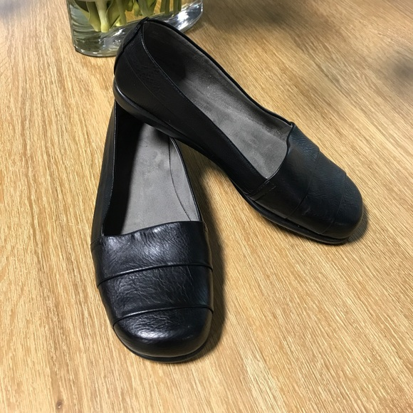 7bc13fd3f2f AEROSOLES Shoes - Aerosoles stitch n turn black flats