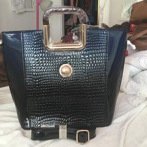 Handbags - Brand new haying snider purse