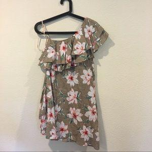 LoveRiche Dresses - NWT LoveRiche floral one shoulder dress