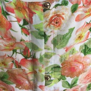Forever 21 Tops - Floral Peplum Gold Button Down Back Top