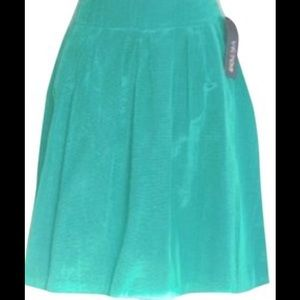 V I C T O R  A L F A R O  Emerald Pleated Skirt