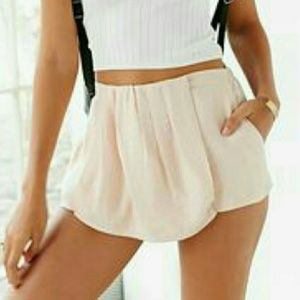 UO Silence and Noise Skort NWOT