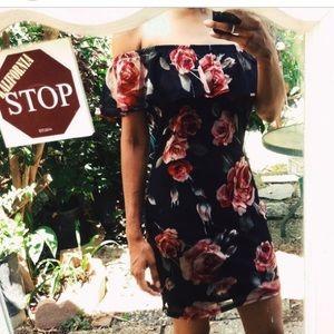 Dresses & Skirts - Off-the-shoulder floral mid- length dress