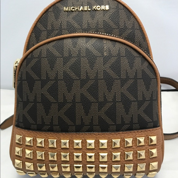 83197925936d81 Michael Kors Bags | Abbey Xs Backpack To Crossbody Bag | Poshmark