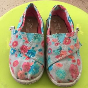 Floral Toms for baby