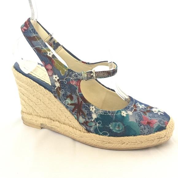 8c82e276ec0b Franco Sarto Shoes - Franco Sarto Denim Blue Floral Wedge Heels