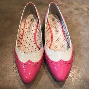 BAIT Footwear pink/white kitten heel spectator 8.5