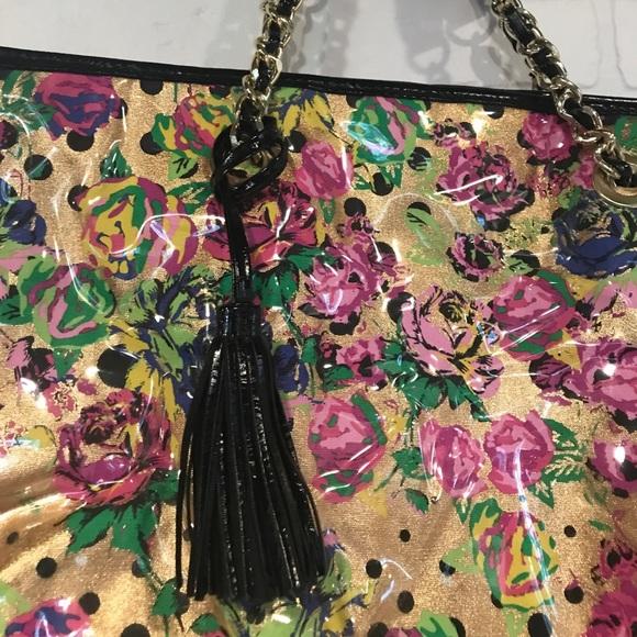 Betsey Johnson Bags - Betsey Johnson clear vinyl/floral tote shoulder bg