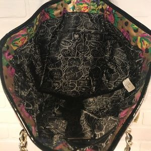 Betsey Johnson Bags - Betsey Johnson clear vinyl/floral tote shoulder bg
