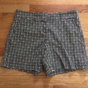 Loft Black and White patterned shorts 4