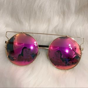 Accessories - Oversized Retro Pink Mirror Sunglasses! NWOT