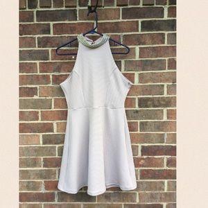 Sleeveless, Creme Dress