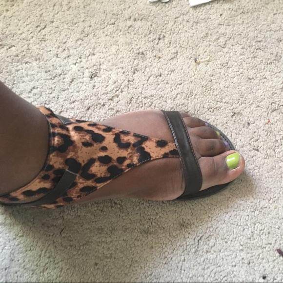 Shoes | Sale Leopard Print Sandals Size