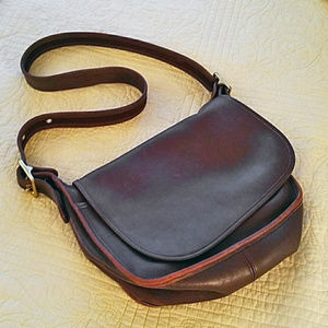 Vintage brown Coach original Patricia bag EUC