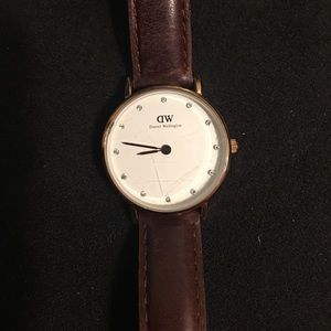 Daniel Wellington brown leather 26mm watch