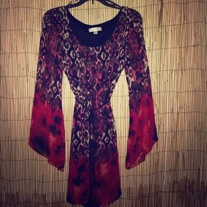 NWOT Stunning Chiffon Bell Sleeve Dress