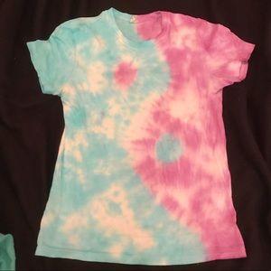 Tops - Yin Yang Tie Dye shirt!!