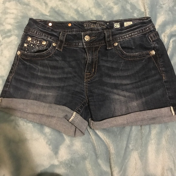 Women's Miss Me Shorts Miss Me shorts for women offer specialized embellishments that make each pair a favorite closet essential. Each pair of Miss Me women's shorts captures the multi-dimensional character and style of the modern girl.