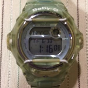 BABY-G SHOCK RESISTANT WATCH ⌚️