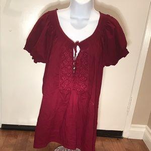 Tops - Burgundy short sleeve top