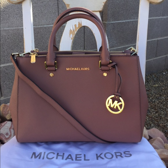 82bf7968cdc3 Michael Kors Dusty Rose Sutton Medium. M 59563277ea3f36cc8802be08