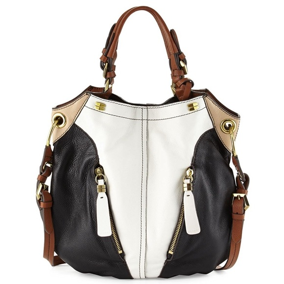0461d1b5343f ... Victoria Colorblock Shoulder Bag. M 5956499698182956c5001318