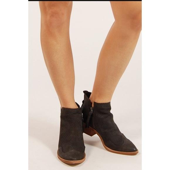 Dolce Vita Shoes   Sahira Perforated